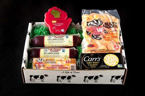 WI Cheese and Sausage Box